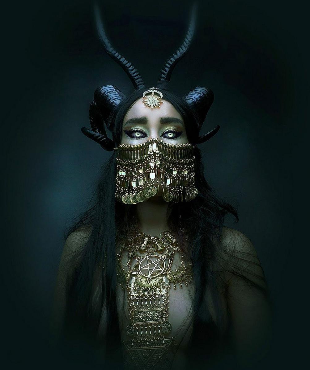 Daeva x Natalie Shau