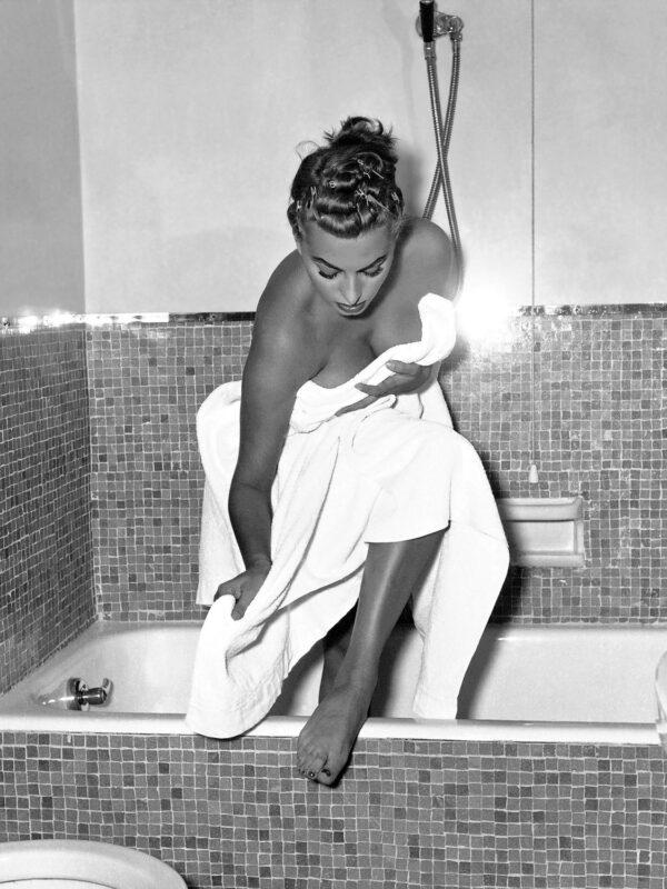 Sophia Loren x Mario De Biasi