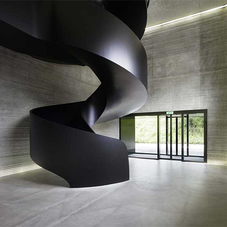 EM2N Staircase